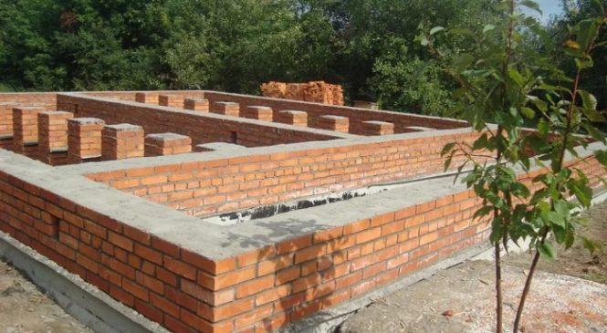 Фундамент – основа кирпичного дома