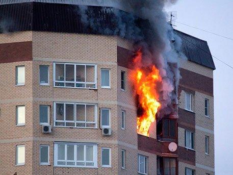 Пожар в жилой многоэтажке. Как спасаться своими силами?
